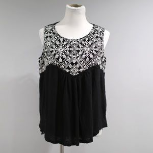 Lucky Brand Top Womens Large L Black Embroidery